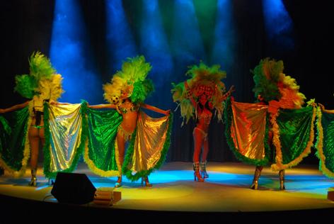 A Palmanova Outlet sono di scena le atmosfere carioca del Brasil Bahia Show.