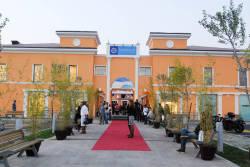 Una veduta dell'entrata principale di Palmanova Outlet Vilage - Clicca per ingrandire.