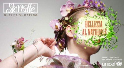 Locandina del concorso di bellezza organizzato da Soratte Outlet Shopping in collaborazione con UNICEF